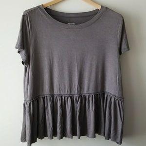 Mossimo Ruffle Hem Tee T-Shirt Medium